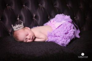 newborn-princess-costume-photography