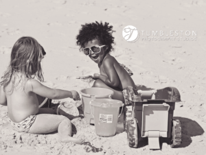 kids-on-beach-photography